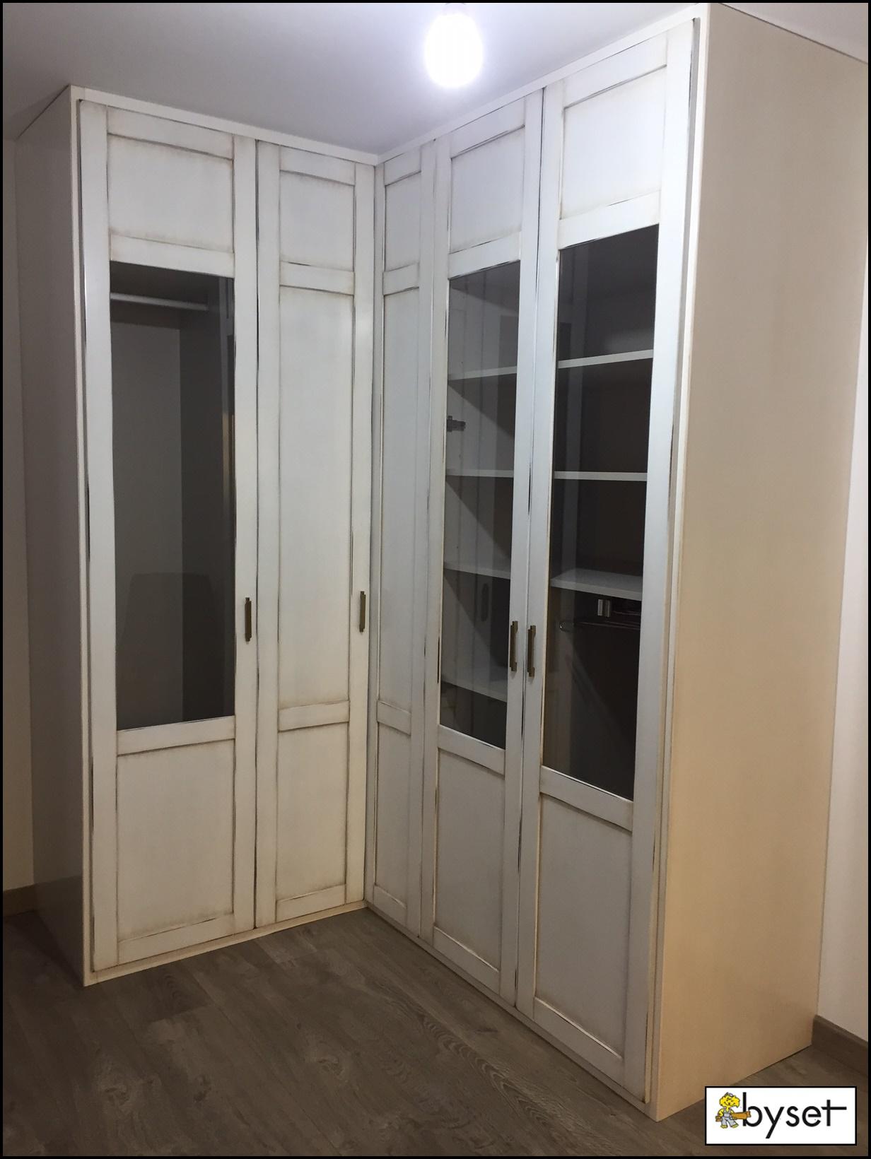 Armario abatible dos puertas lacado blanco mueblesbyset - Presupuesto armarios empotrados ...